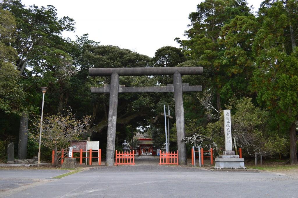 Ikisu-jinja_ninotorii