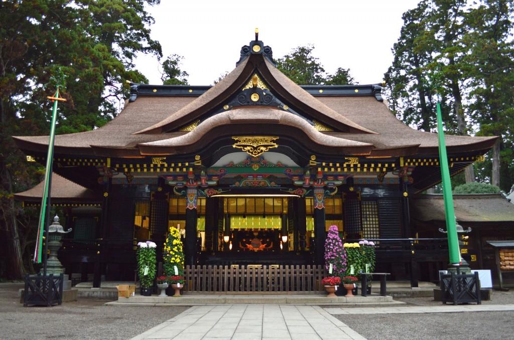 Katori-jingu_haiden_shomen