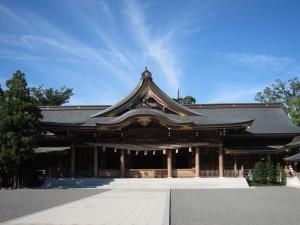 1280px-寒川神社_拝殿