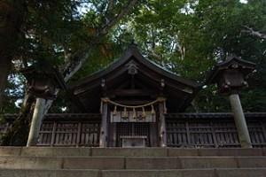 320px-Suwa_taisya_maemiya
