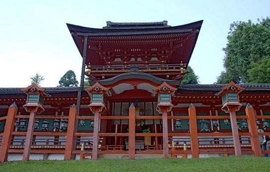 640px-Kasuga-taisha11bs3200