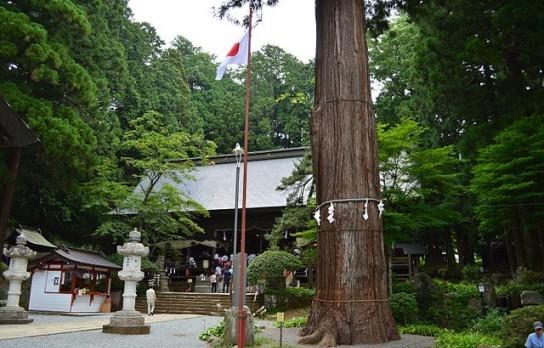 河口浅間神社の拝殿