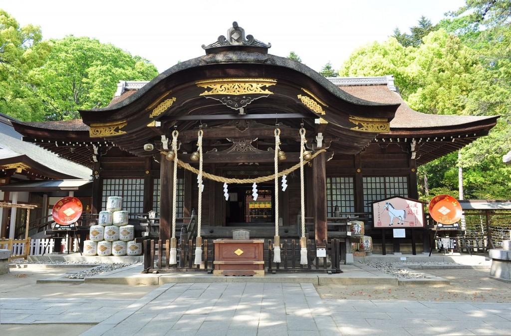 武田神社の拝殿